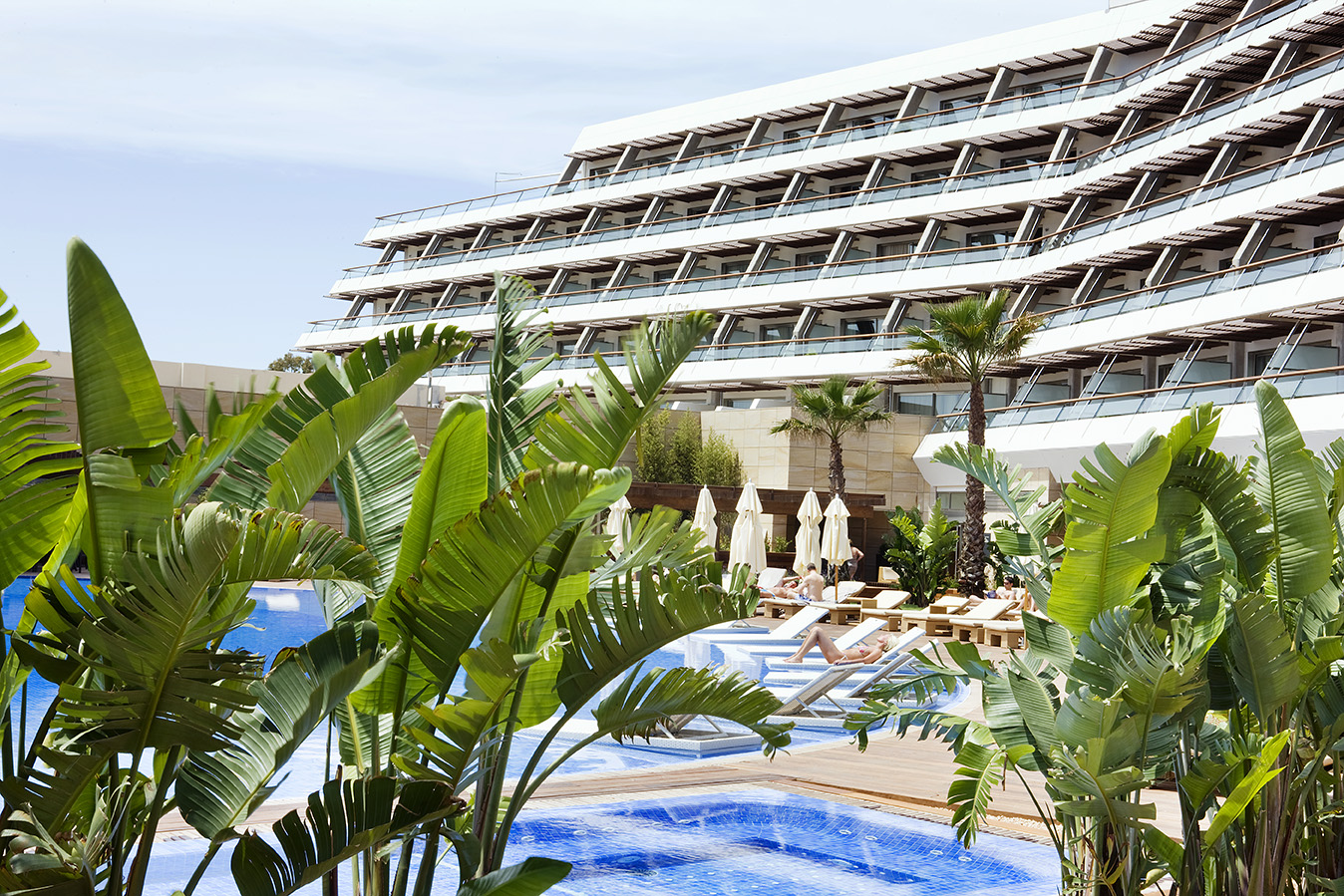 Ibiza gran hotel 5 luxury spa hotel taste ibiza for Ibiza hotel luxury 5 star