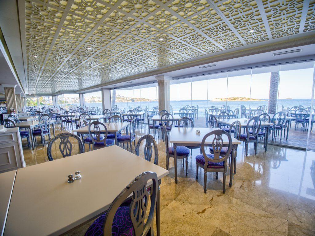 21.Restaurante Panorámico