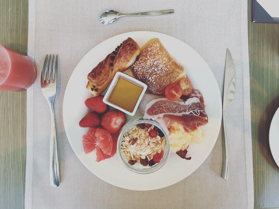 aguas-breakfast