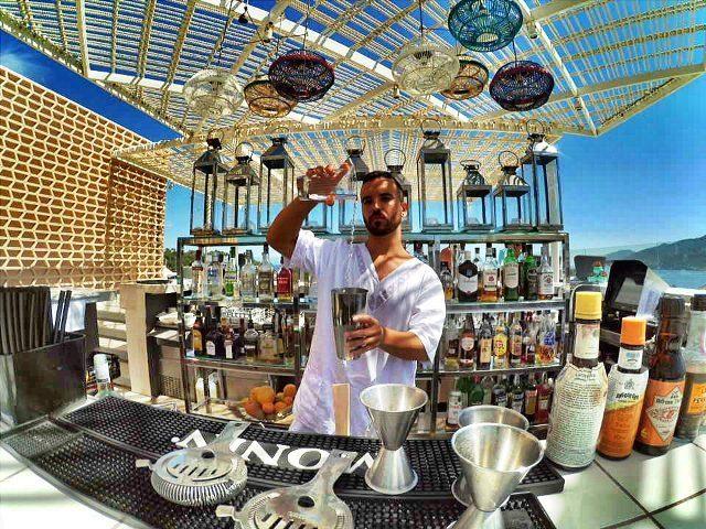 aguas-rooftop-bar2