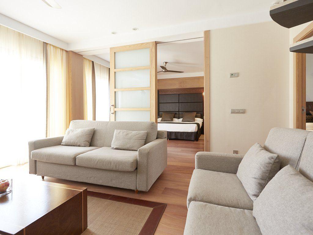 Prestige 2 Bedroom Family Suite Gz499k9y48
