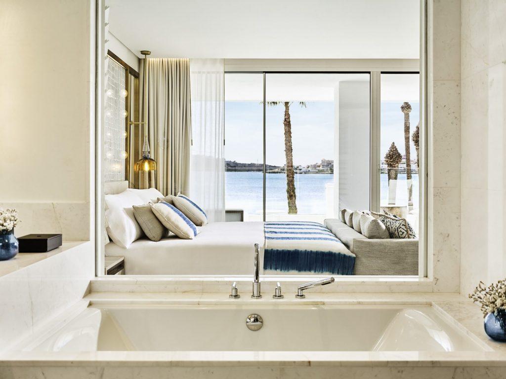 Deluxe Junior Suite Sea View II