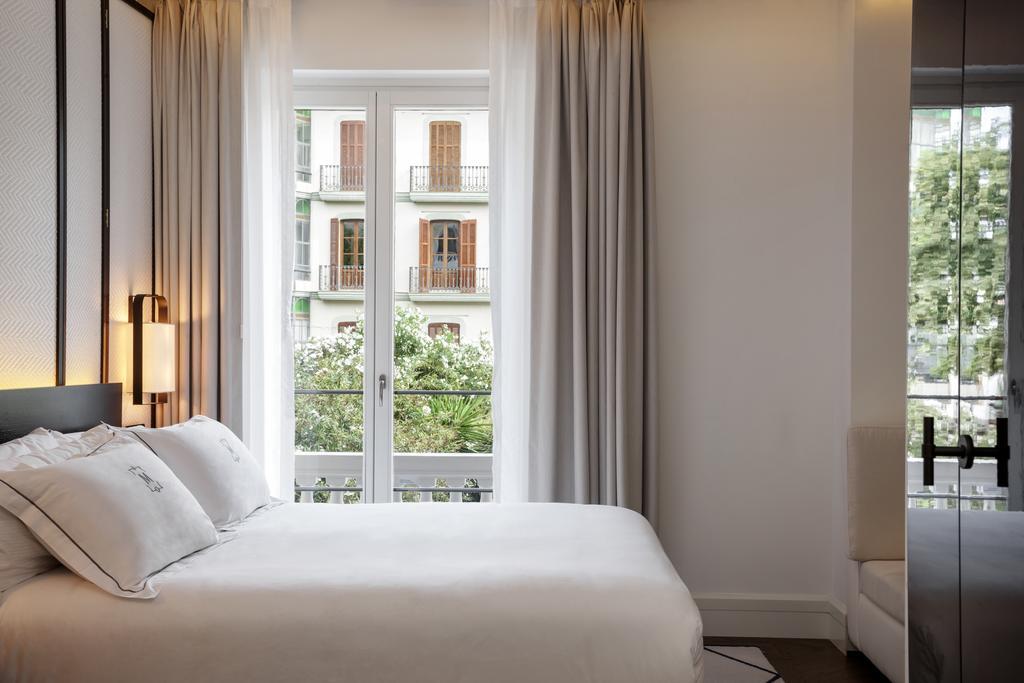 Montesol Room 10