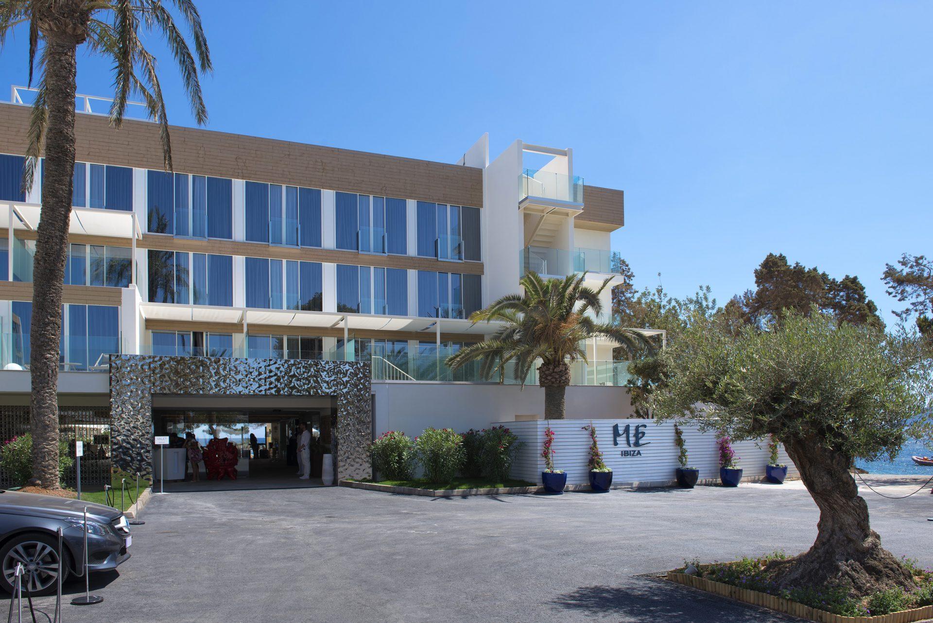 008ME Ibiza General Entrance
