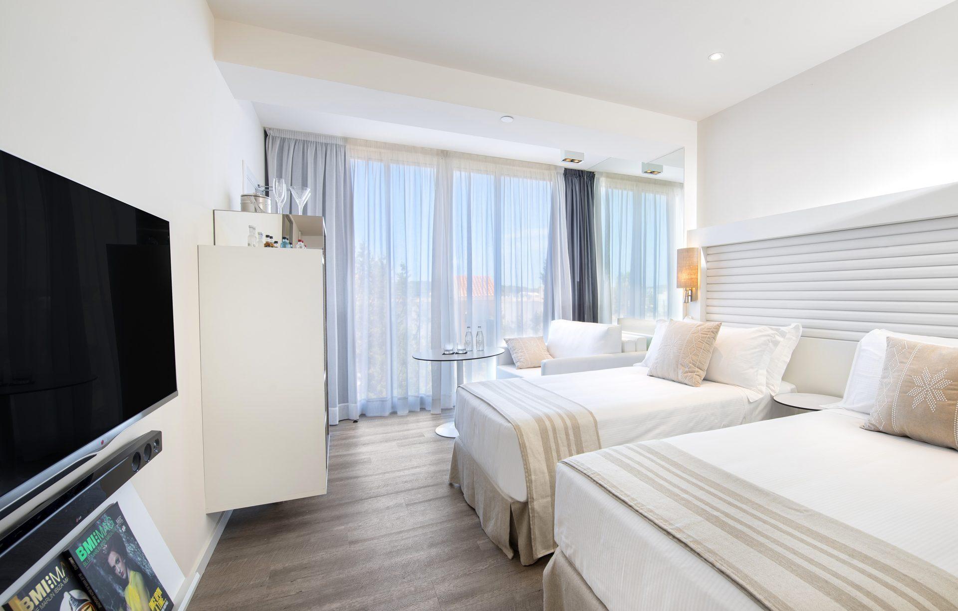 101ME Ibiza Aura Room