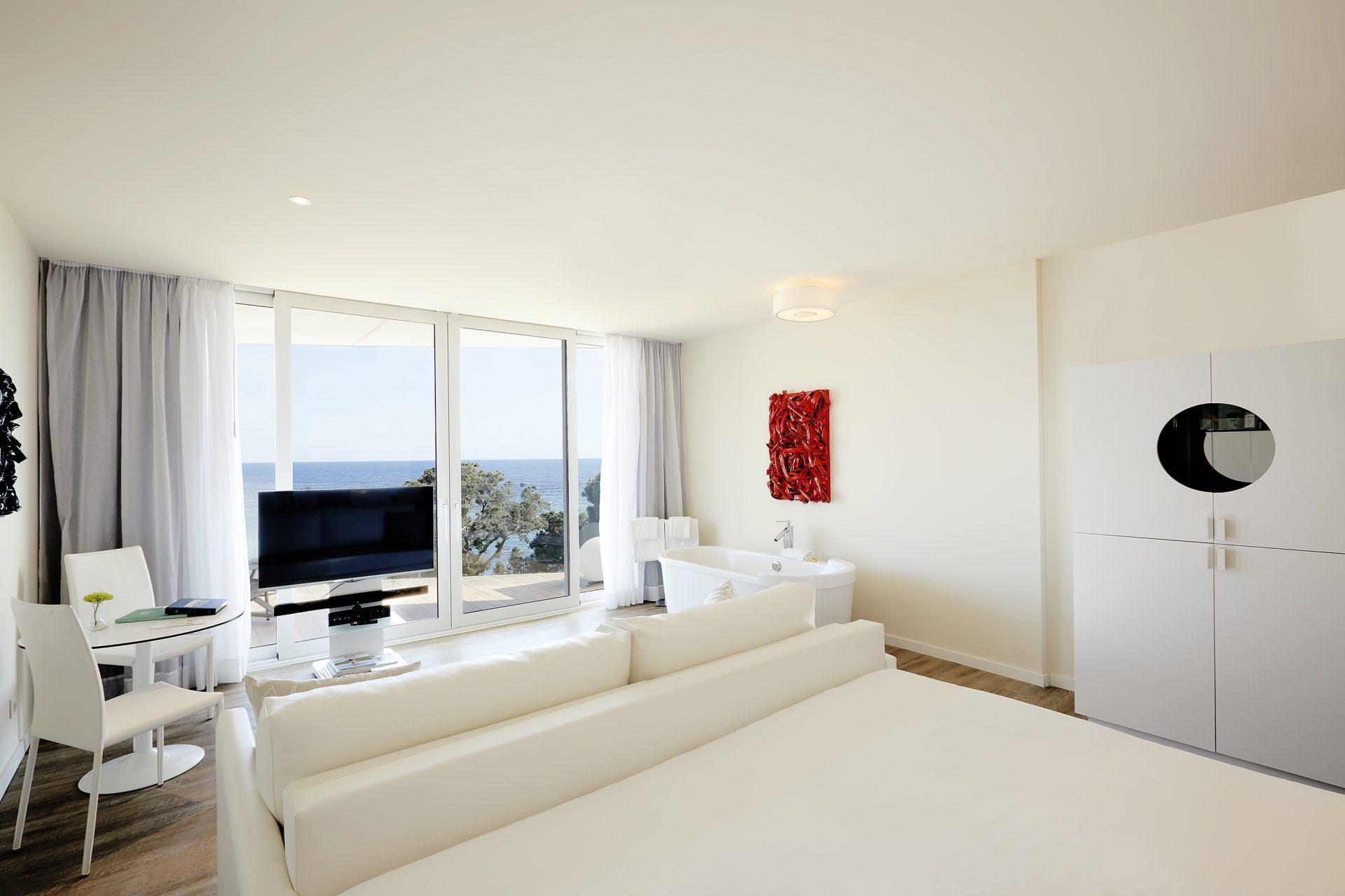 121cME Ibiza Suite Chic