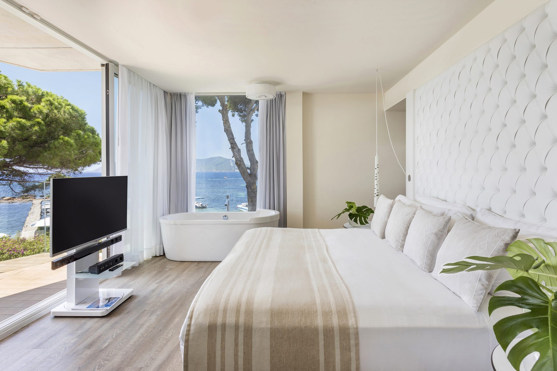 125aME Ibiza Suite Personality