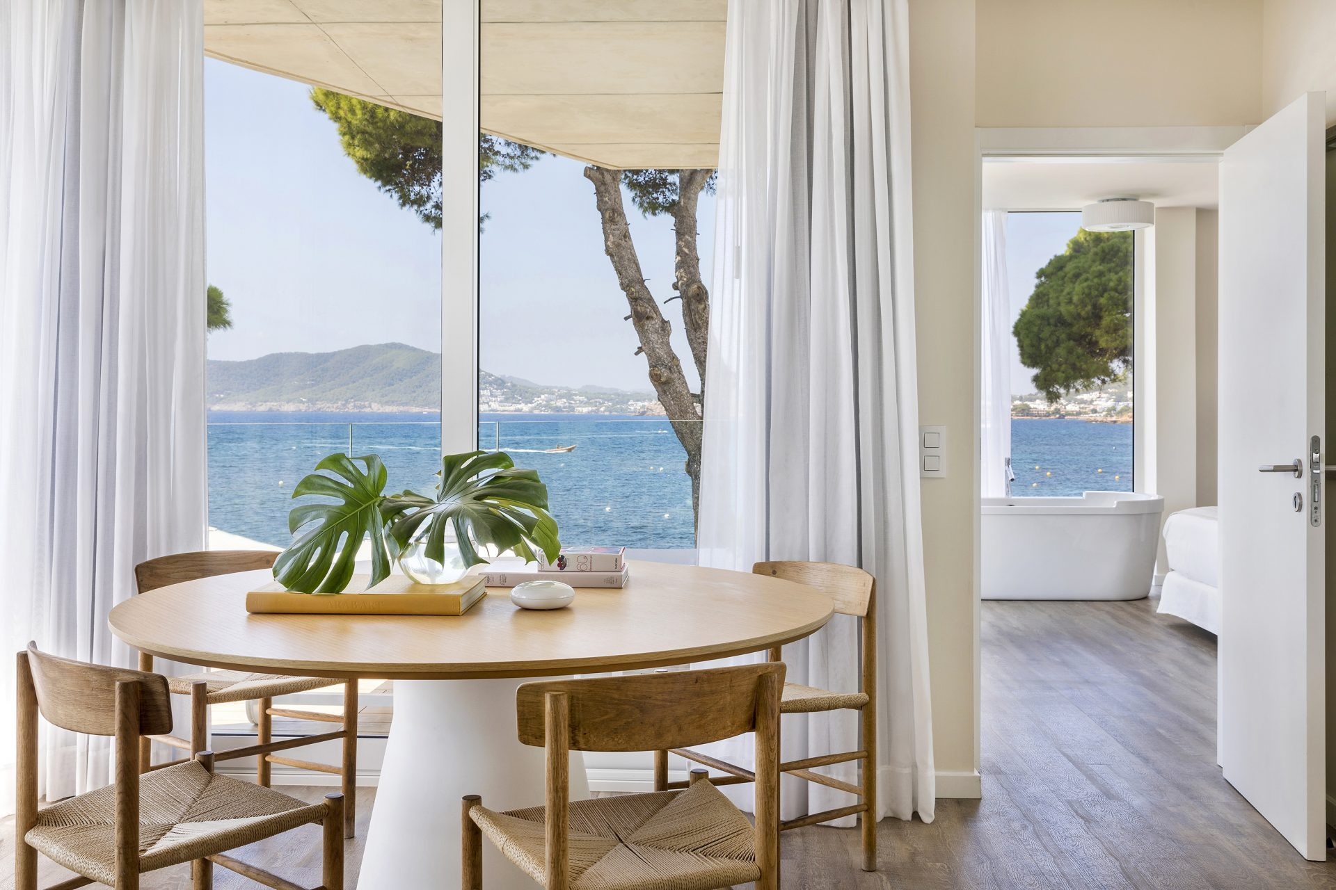 125bME Ibiza Suite Personality