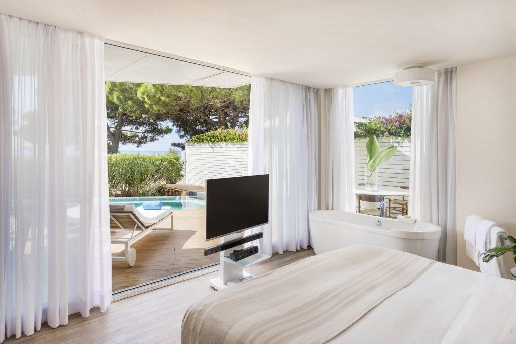 126dME Ibiza Suite ME