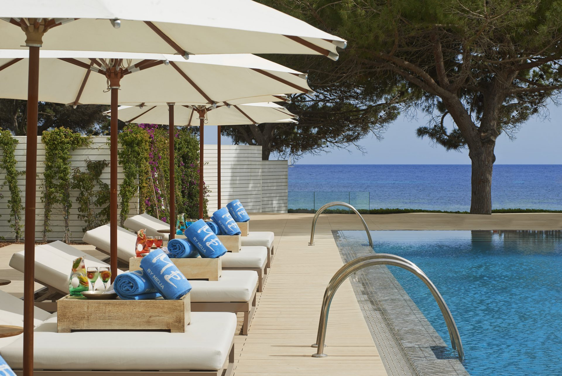 302ME Ibiza Pool