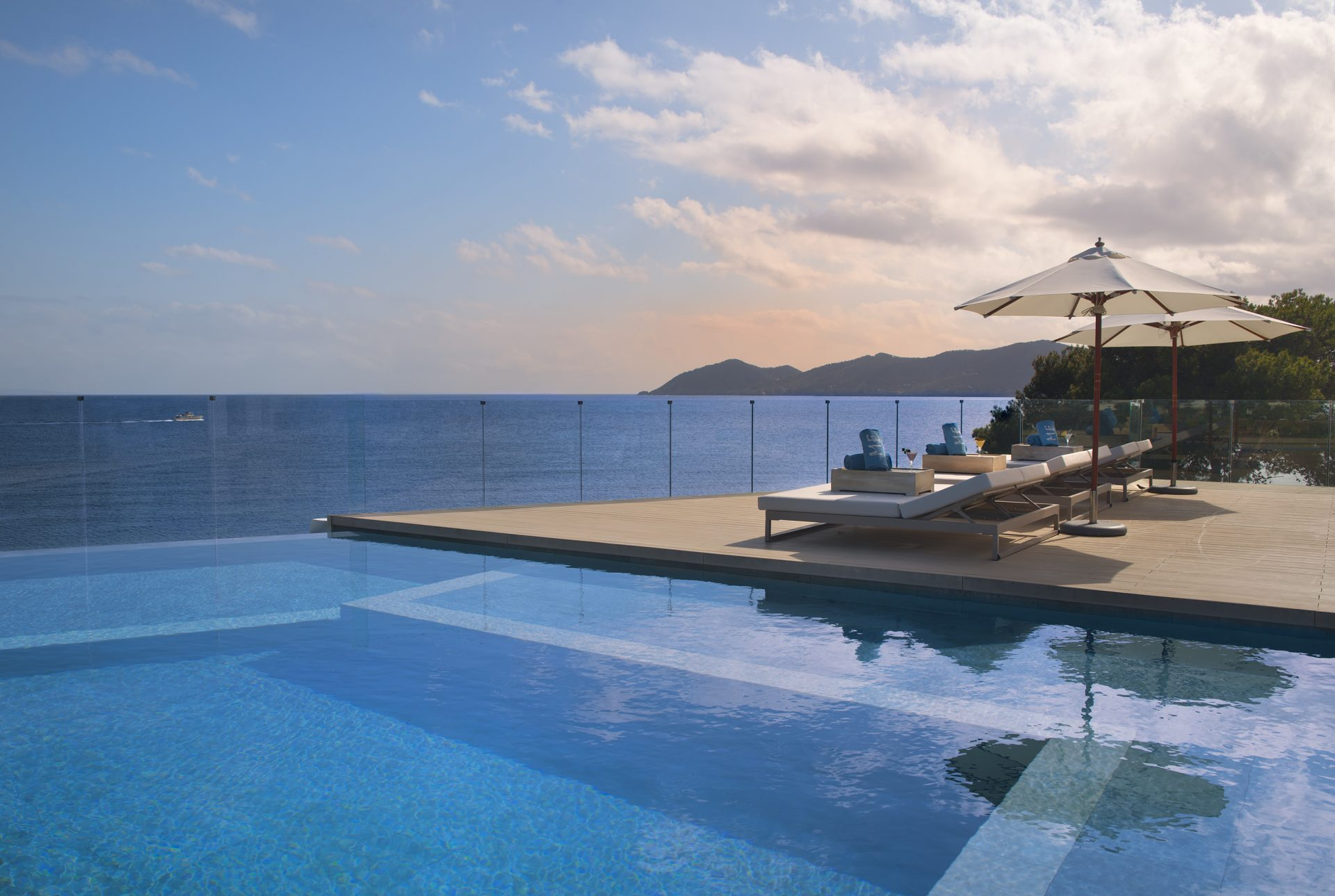 316ME Ibiza Terrace Vip Pool The Rooftop