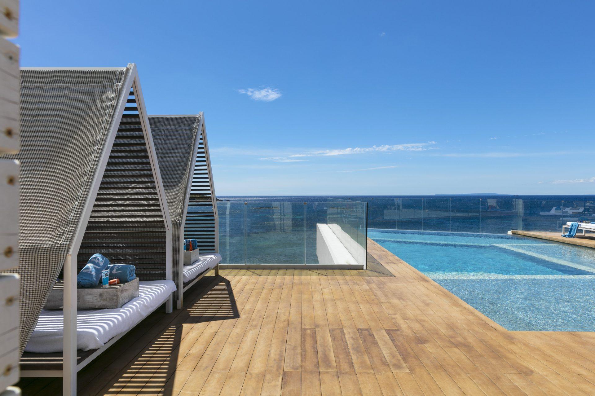 321ME Ibiza Terrace Vip Pool The Rooftop
